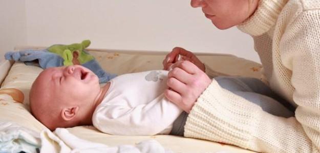 Причины плача новорожденных детей